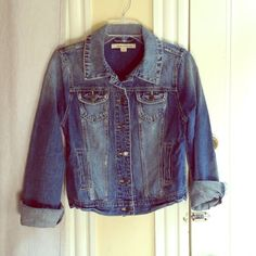 "Selling this ""REDUCED Forever 21 Jean jacket"" in my Poshmark closet! My username is: laurlis. #shopmycloset #poshmark #fashion #shopping #style #forsale #Forever21 #Jackets"