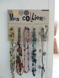 Plus de 1000 id es propos de porte colliers et bijoux - Presentoir bijoux fait maison ...