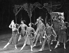 The Royal Ballet revival of 'Daphnis and Chloë' 1964/65  © 1964 Royal Opera House/Donald Southern. www.roh.org.uk