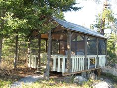Unusual accommodations in Ontario - Canada #fascinating #experience #nature #environment