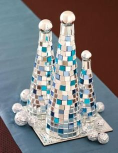 Instead of topping your table with evergreens, add a little more color by making this Christmas tree mosaic craft using tiles to match your decor. All Things Christmas, Winter Christmas, Christmas Holidays, Christmas Decorations, Teal Christmas, Christmas Ideas, Decor Crafts, Holiday Crafts, Holiday Fun