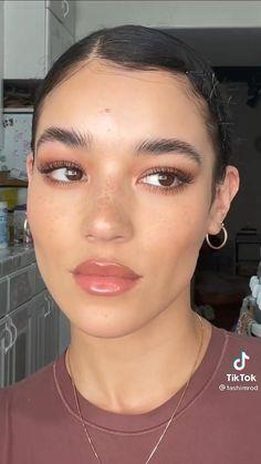 Makeup Videos, Makeup Tips, Basic Makeup, Makeup Hacks, Classy Makeup, Pretty Makeup, Skin Makeup, Makeup Set, Makeup Looks Tutorial