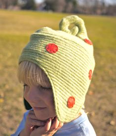 Elf hat pattern and tutorial-- for recycled wool sweater and t-shirt scraps.