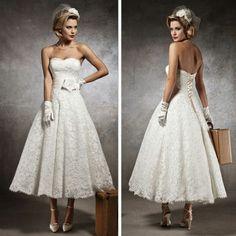 Bizonyára szeretnéd a lehető legtökéletesebb, legszebb esküvői ruhát kiválasztani? Mi pedig ehhez a lehető legtöbb segítséget szeretnénk nyújtani, mivel elkötelezett hívei és támogatói vagyunk minden ilyen jellegű igényeidnek! Katt ide: www.eleonorszalon.hu