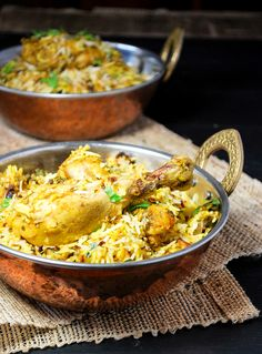 Looking for how to get that perfect restaurant style chicken biryani at home? Curry Recipes, Rice Recipes, Indian Food Recipes, Asian Recipes, Chicken Recipes, Dinner Recipes, Cooking Recipes, Chicken Meals, What's Cooking