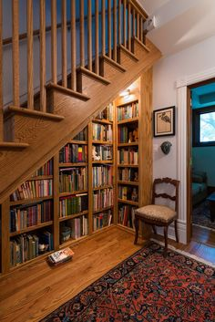 Home Library Design, Dream Home Design, My Dream Home, Library Ideas, Home Library Diy, Mini Library, Dream Library, Staircase Bookshelf, Staircase Storage