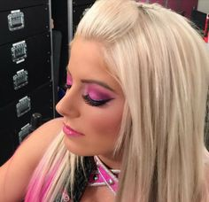 Alexa Bliss dolled up by WWE Glam Squad Bliss Makeup, Hottest Wwe Divas, Alexis Bliss, Lexi Kaufman, How To Draw Eyebrows, Wwe Female Wrestlers, Wwe Girls, Raw Women's Champion, Charlotte Flair