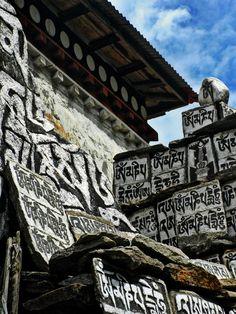 """""""Prayer Stones On The Trail"""" Everest Basecamp Trek - Nepal"""