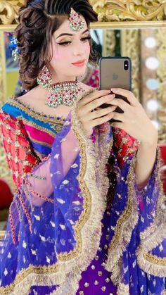 Asian Wedding Dress Pakistani, Pakistani Bridal Jewelry, Asian Bridal Dresses, Pakistani Girl, Bridal Mehndi, Pakistani Outfits, Indian Outfits, Indian Fashion Dresses, Indian Bridal Fashion