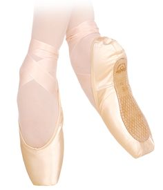 Grishko Pro Pointe Shoes for professional dancers that are specifically designed to be silent on stage. The Grishko Pro Pointe Shoe is based on the original 2007 and features: a new, noise-reducing st