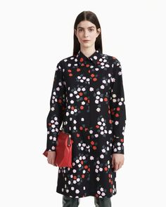 The Kuultava button-up dress is made of cotton poplin in the Taivaankukat pattern. The dress has a button list in the front, side seam pockets and wide cuffs with button slits at the sleeve ends. Normal Body, Poplin Dress, Button Up Dress, Marimekko, Long Toes, Coat Dress, Body Shapes, Designer Dresses, Women Wear