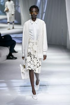 Fashion Mode, Fashion 2020, Runway Fashion, Womens Fashion, Fendi, Fashion Weeks, Summer Fashion Trends, Spring Summer Fashion, Mode Outfits