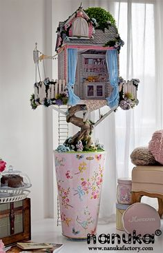 A doll treehouse (great for Blythe)