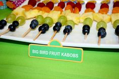 Big bird fruit kabobs #fruitkabobs #sesamestreet