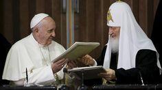 <p>13/02/2016/Reuters/RT Tras celebrarse en La Habana la histórica reunión entre los primados de la Iglesia católica y la Iglesia ortodoxa rusa, el papa Francisco y el patriarca Kiril han firmado una declaración conjunta. Por primera vez en la historia, se…</p>