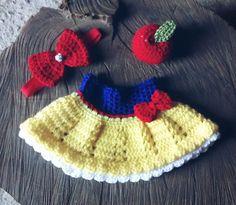 Kit de saia, headband e maçã <br>Cor : amarelo,azul royal e vermelho <br>Tamanhos : RN/ 1 a 3 meses (/tamanhos 3 a 6/ 6 a 9 meses $69,90