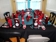 A One Direction birthday party... I want this! SO BAD!!!!!!!!!! @Molly Duranto But Hannah and Savannah might not appreciate it... So we'll have to figure something out... :)