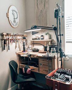 Home Office Design, Home Office Decor, Home Decor, Workshop Studio, Studio Organization, Home Studio, Studio Spaces, Workspace Inspiration, Studio Interior