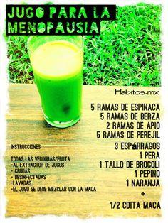 Jugo verde para la MENOPAUSIA: espinacas, berza, apio, perejil, espárragos, pera, brócoli, pepino, naranja y maca