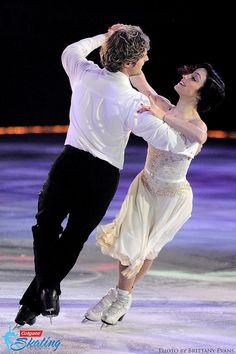 Meryl Davis & Charlie White - Shall We Dance on Ice 2015