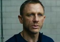 """Daniel Craig ne lâche pas le morceau dans la bande-annonce de """"Skyfall"""""""