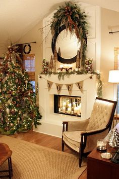 Beautifully decorated Christmas tree and Christmas mantel ideas