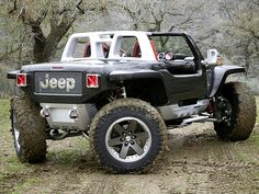 Jeep Hurricane, The Awesome Dual-Hemi 16 Cylinders And Four Wheel Steering Ultimate Off-Roader