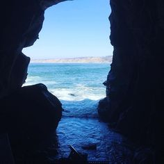 #blissoftribe #cave #sandiego #toadtrip #seaside #california #lajolla #lajollalocals #sandiegoconnection #sdlocals - posted by Marie Råsne  https://www.instagram.com/missrasne. See more post on La Jolla at http://LaJollaLocals.com