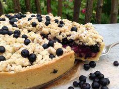 Blaubeerkuchen mit Pudding und Streusel, ein einfaches Rezept für einen delikaten Kuchen mit diesen wunderbaren Früchten des Sommers.