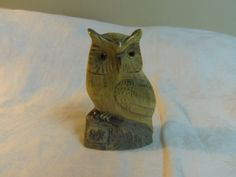 Carved Buffalo Horn OWL 4.5 tall x 2.75 wide by Lynnestreasures