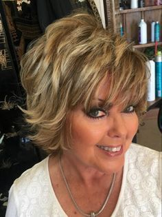 Short Shag Hairstyles for Women Over 50 Back Veiws - Bing images Hair Styles For Women Over 50, Short Hair Cuts For Women, Medium Hair Styles, Curly Hair Styles, Short Cuts, Short Haircuts With Bangs, Short Shag Hairstyles, Hairstyles Haircuts, Pixie Haircuts