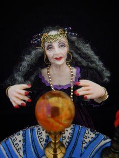 1:12 Miniature Fortune Teller Gypsy