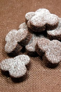 Brunsli Swiss Christmas Cookies - by the Chefs at The Swiss Bakery