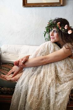 Today we have the prettiest of boho wedding shoots featured on the blog.  With gorgeous use of striking copper and beautiful blush twisted with a charmingly French boho chic style, creative art director & photographer Gemma will have you dreaming of your own bijou day... French wedding style!
