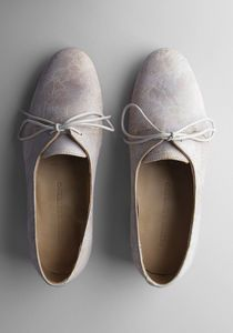 Perfect oxfords design on neutral color Crazy Shoes, New Shoes, Flat Shoes, Cute Shoes, Me Too Shoes, Zapatos Shoes, Shoes Heels, Shoe Boots, Shoe Bag