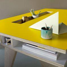 (15) eu.Fab.com | Kinder-Schreibtisch Insekt Gelb