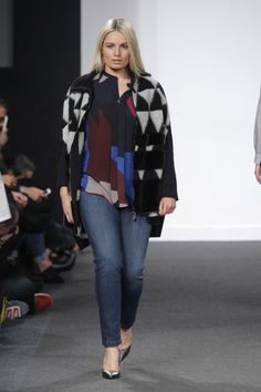Elena Miró Otoño Invierno 2016/17 - 26 Curvy Girl Fashion, Plus Size Fashion, Women's Fashion, Radical Acceptance, Stick Figures, Girl Style, What I Wore, Size Model, Plus Size Women