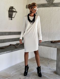 Ivory Asymmetric Blouse - Dress - Tunic / Ivory Blouse Dress / Asymmetric Oversize Dress / #35106 This elegant and comfortable blouse - dress is a turn around creation. it looks as stunning with a pair of heels as it does with flats. You can wear it as a blouse with pants,jeans or
