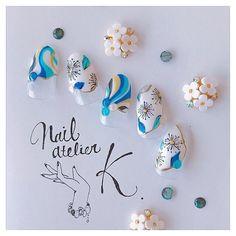 オールシーズン/変形フレンチ/ビジュー/フラワー/プッチ - nailatelier_kのネイルデザイン[No.3199668]|ネイルブック French Manicure Nails, My Nails, Nail Art Designs, Design Art, Sculpted Gel Nails, Light Blue Nails, Trendy Nail Art, Beautiful Nail Art, Nail Arts