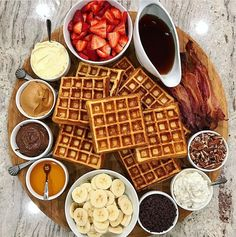 Crunchy crispy waffle recipe in waffle maker All recipes include calories and Weight Watchers Breakfast Platter, Breakfast Recipes, Pancake Breakfast, Pancake Bar, Cute Breakfast Ideas, Brunch Ideas, Breakfast Menu, Brunch Recipes, Drink Recipes