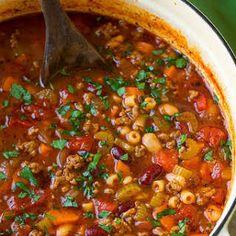 Olive Garden Pasta e Fagioli Soup Copycat Recipe - Cooking Classy Healthy Soup Recipes, Pasta Recipes, Crockpot Recipes, Cooking Recipes, Celery Recipes, Recipes With Ditalini Pasta, Sauce Recipes, Lunch Recipes, Drink Recipes