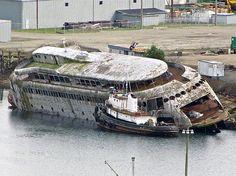 The Kalakala, Worlds Most Beautiful Ferry.  derelict-ferry-kalakala-sean-griffin.jpg 600×449 pixels