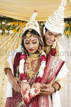 Taking Vows in a bengali wedding