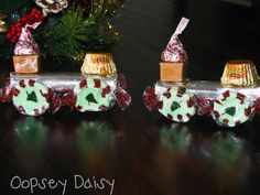 Book Advent: Day 17 {Polar Express Candy Trains!} | Oopsey Daisy