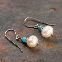 pretty idea Simple pearl and turquoise earrings