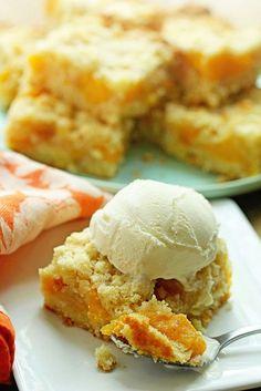 Peach Crumb Bars. #summer #desserts