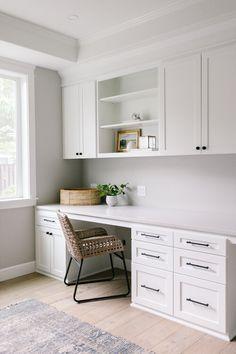 Office Built Ins, Built In Desk, Home Office Design, Home Office Decor, Home Decor, Basement Home Office, Office Playroom, Office Desk, Kitchen Desk Areas