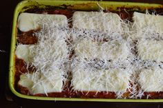 Vinete parmigiana - CAIETUL CU RETETE Coconut Flakes, Spices, Food, Spice, Eten, Meals, Diet