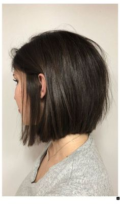 Hairstyles color Bester Kurzhaarschnitt und Frisuren für schöne Frauen – – Callye McNeal Melhor Corte de Cabelo Curto e Penteados para Mulheres Bonitas - - Callye McNeal - Let& Pin This Short Summer Haircuts, Best Short Haircuts, Medium Bob Haircuts, Cute Bob Haircuts, Short Hairstyles For Round Faces, Short Straight Hairstyles, Layered Bob Haircuts, Short Hair Tips, Short Length Hairstyles