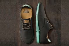 """Vans OTW 2013 Fall Prelow Ballistic """"Mint"""": Vans and its OTW range supplement the debut of the Ballistic Pack's navy/orange edition of the Nike Outlet, Nike Free Runs, Nike Free Shoes, Sharp Dressed Man, Vans Shoes, Roshe Shoes, Nike Roshe, Stylish Men, Leather Men"""